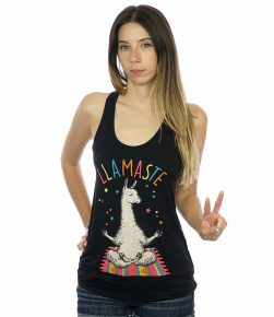 Yoga Llama Namaste mediating(3)